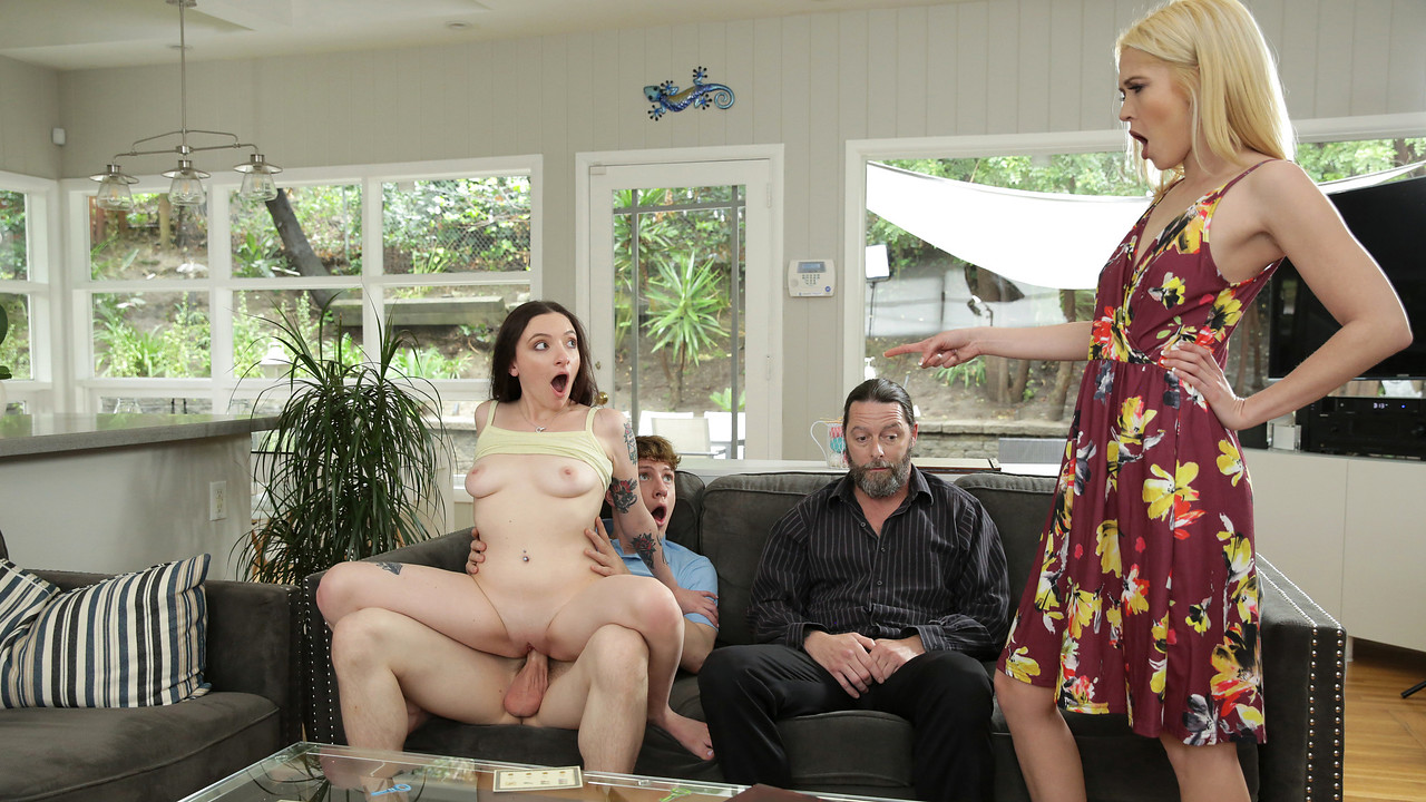 FamilySwap Leia Rae and Tiffany Fox -inFamily Swap Wife